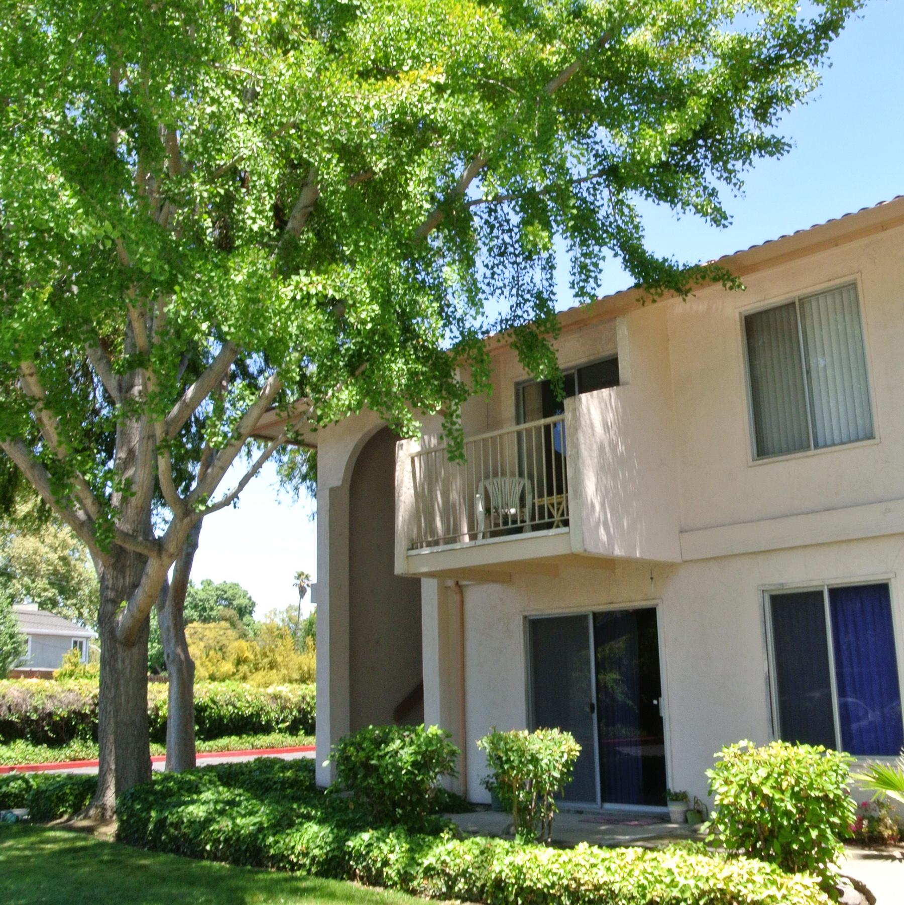 Villa Serena Senior Living Community In Santa Clara Ca At